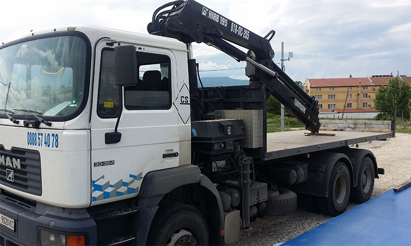 камион с кран благоевград