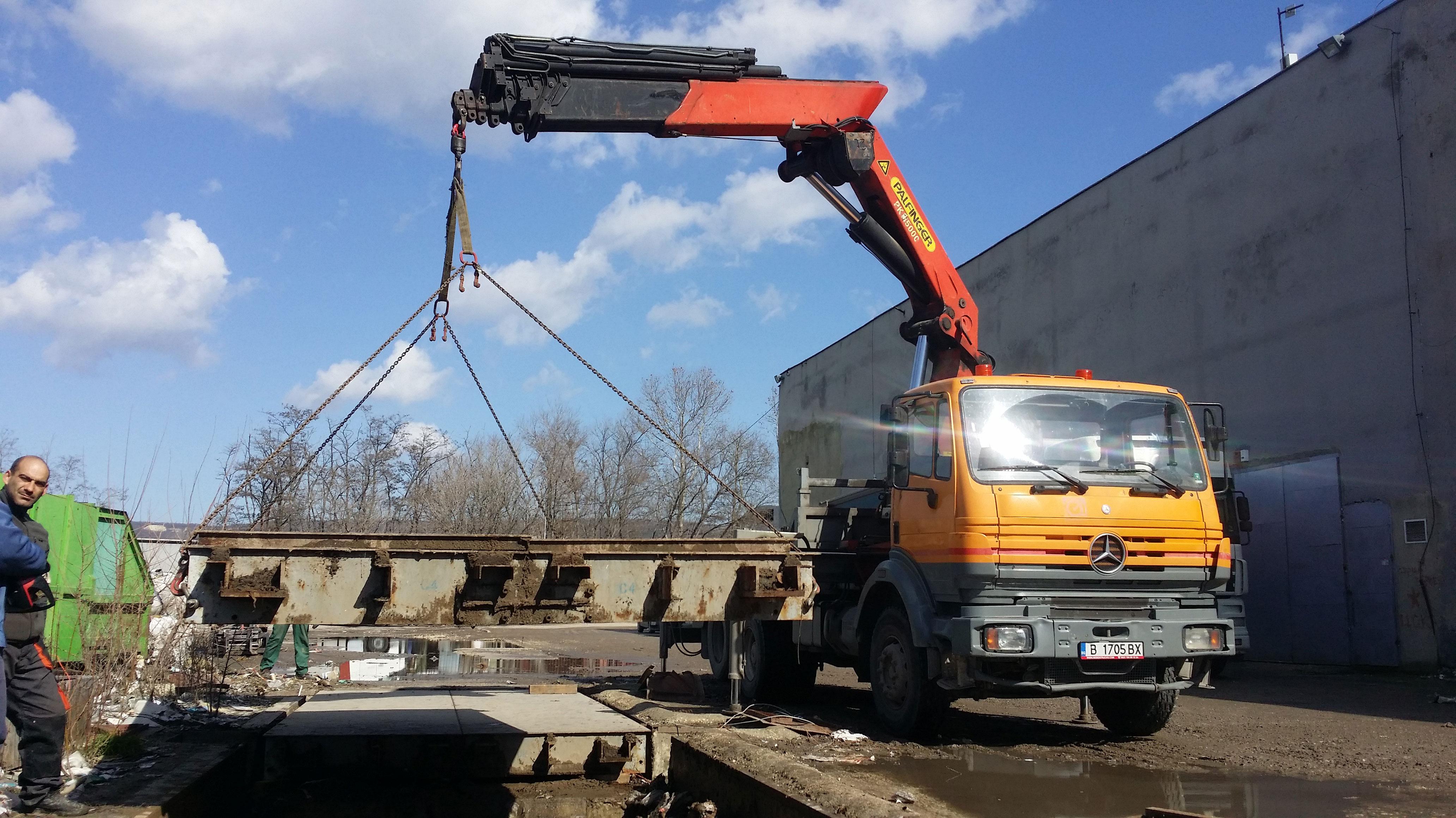 Камион-с-кран-Варна